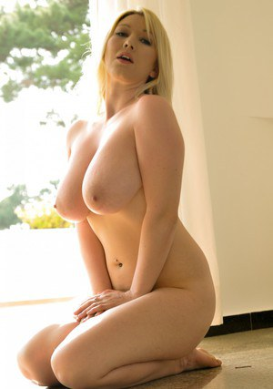Sexy Nude Busty Blondes