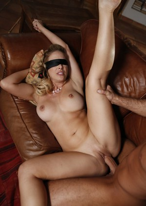 Sexy Nude Blindfold Boobs