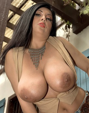 Nude MILF Boobs, Big Titties, Naked Boobs
