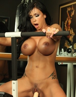 Sexy Nude Babes On Sybian Pics