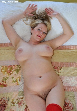 Sexy Nude Big Titted Hairy