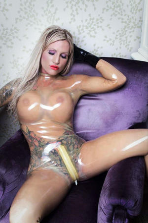 Sexy Nude Busty In Latex