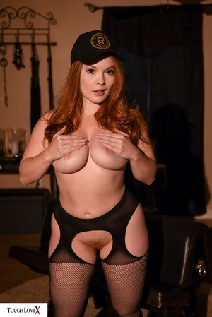 Sexy Nude Busty In Pantyhose